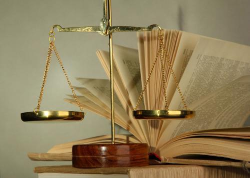 为什么要选择专业的法律翻译公司